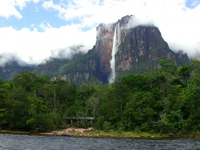 how to get to angel falls from brazil