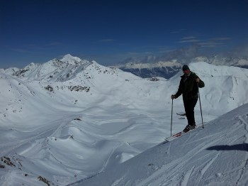 Great skiing area Serfaus-Fiss-Ladis, Austrian Alps. Enjoy 3 min downhill video