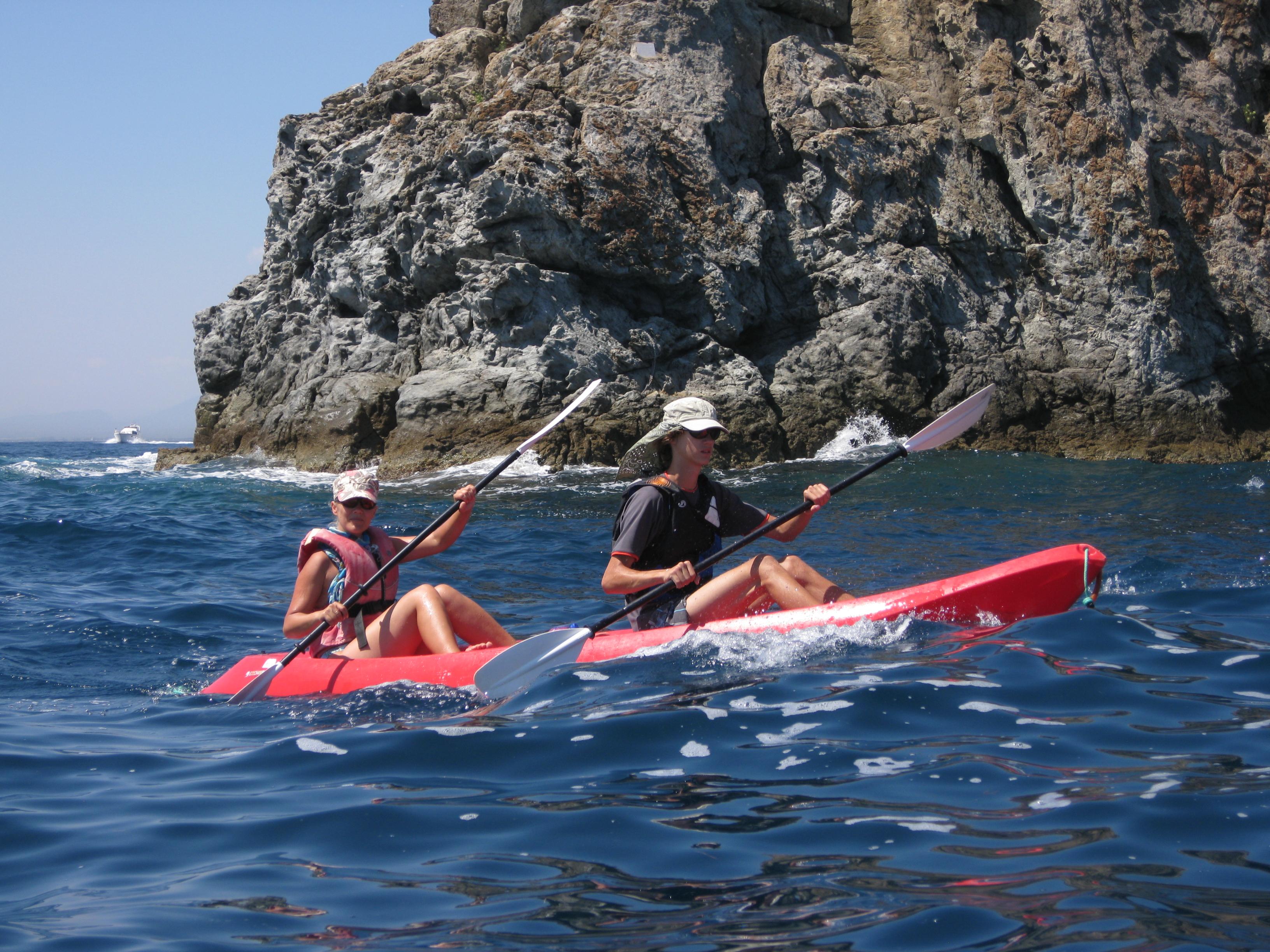 Sea kayaking Costa Brava – MOVIE