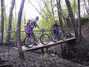 Bicycling Amata valley